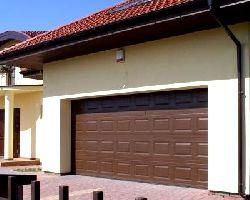 Ворота секционные серии RSD01SС №8 ширина 3000 высота 2215 филенка полоса, коричневые